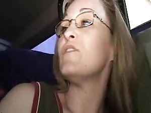 car drive and fisting mature woman in the back...BMW
