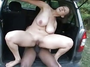 big tit mature fucked by black guy - swinging tits