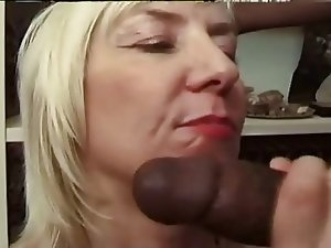 french mature granny get bbc anal culo troia
