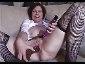 Mature with creamy and juicy pussy